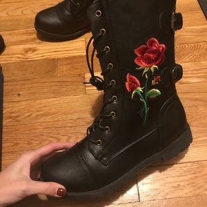 Shoes - BRAND NEW never worn combat boots